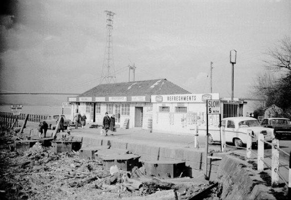 Aust_Ferry_Terminal_1966